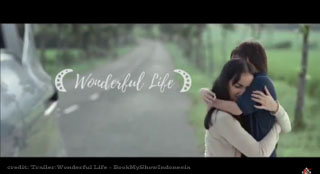 Wonderful Life Atiqah Hasiholan
