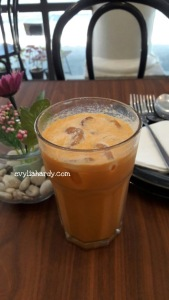 Iced Thai tea Rosti resto cafe